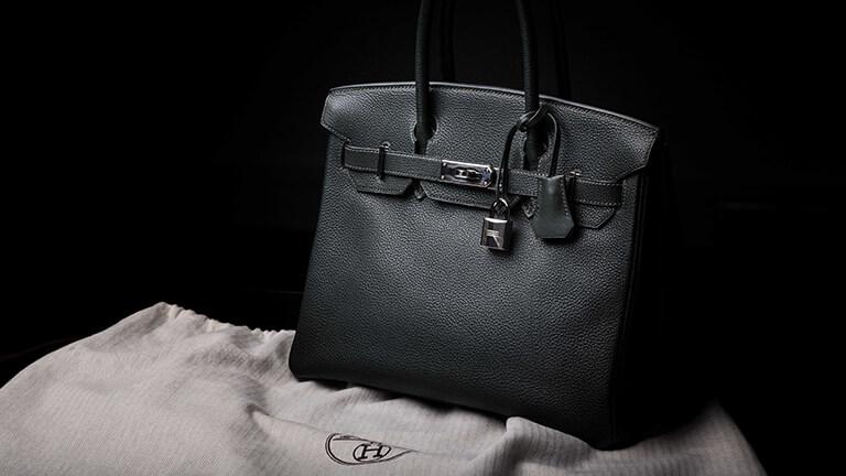 写真:エルメスのバッグ