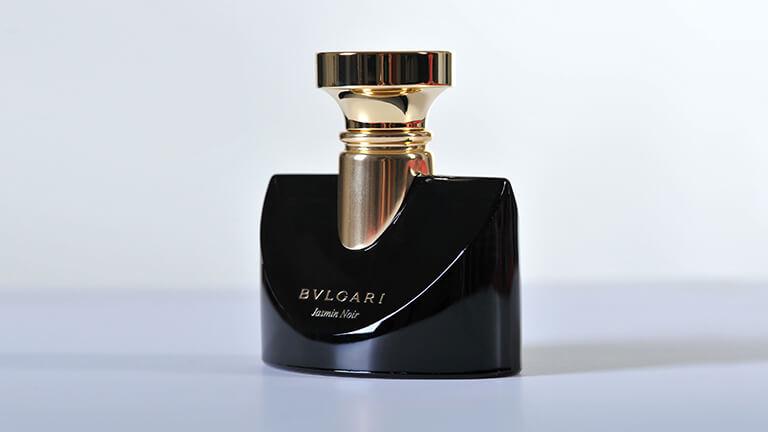写真:ブルガリの香水