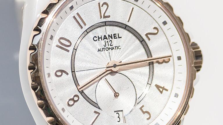 写真:シャネルの腕時計